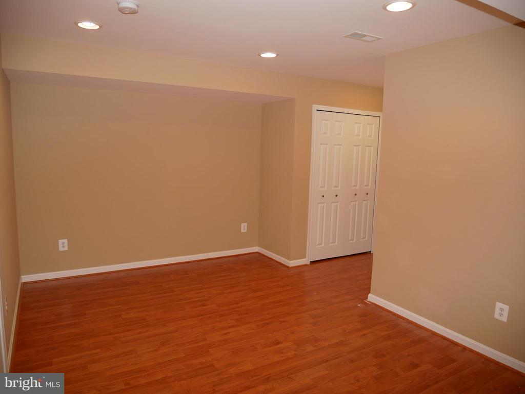 42863 Conquest Circle Lower Level Room 2 - 42863 CONQUEST CIR, ASHBURN