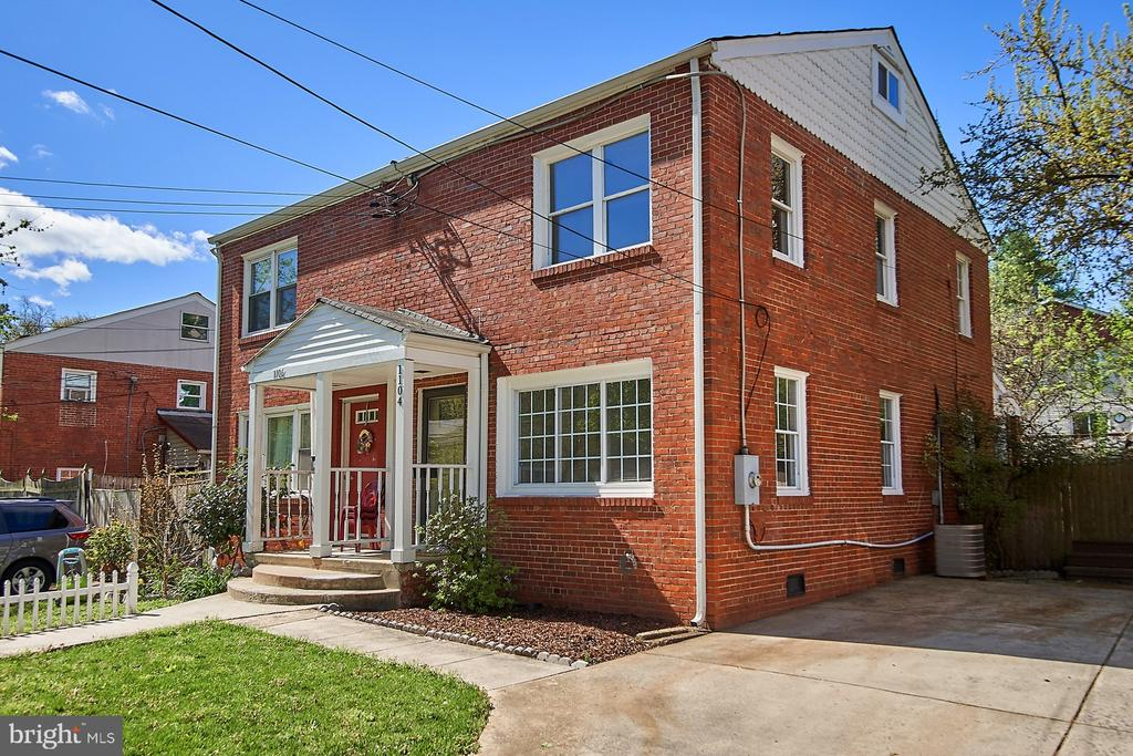 1104 S BUCHANAN STREET, Arlington, Virginia