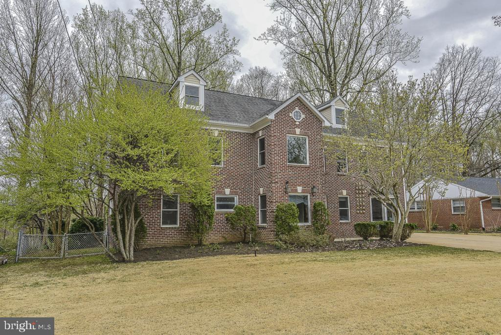 Springfield Homes for Sale -  Golf Course,  5620  INVERCHAPEL ROAD