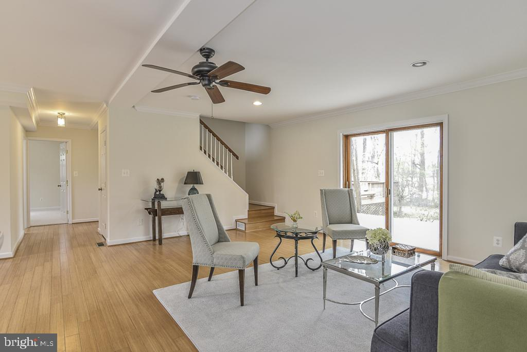 This is a must-see home! - 5620 INVERCHAPEL RD, SPRINGFIELD