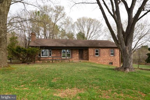Property for sale at 39642 Rickard Rd, Lovettsville,  Virginia 20180