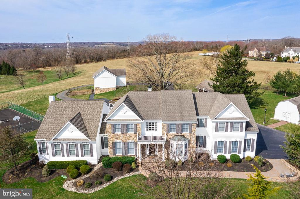 1  DORCHESTER LANE, Newtown, Pennsylvania 5 Bedroom as one of Homes & Land Real Estate