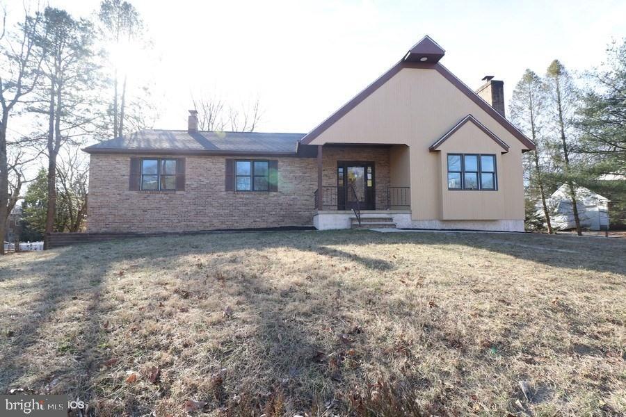 Maison unifamiliale pour l Vente à 118 1ST Pine Hill, New Jersey 08021 États-Unis