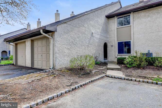 Single Family Home for Sale at 164 THOREAU Drive Plainsboro, New Jersey 08536 United StatesMunicipality: Plainsboro Township