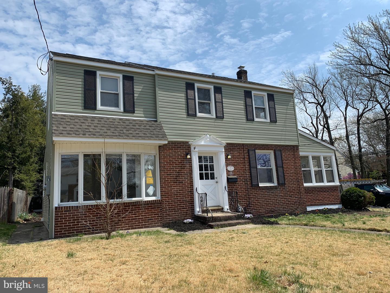 Villa per Vendita alle ore 213 KENDALL BLVD Oaklyn, New Jersey 08107 Stati Uniti