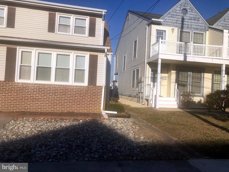 Maison unifamiliale pour l Vente à 327 36TH ST S #A Brigantine, New Jersey 08203 États-Unis