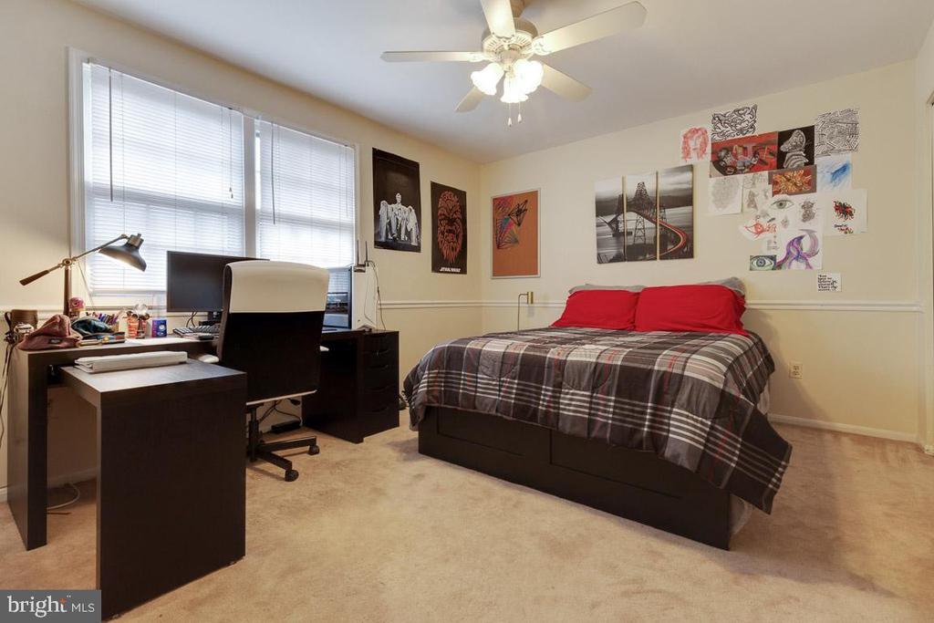 Bedroom 3 - 5304 KAYWOOD CT, FAIRFAX