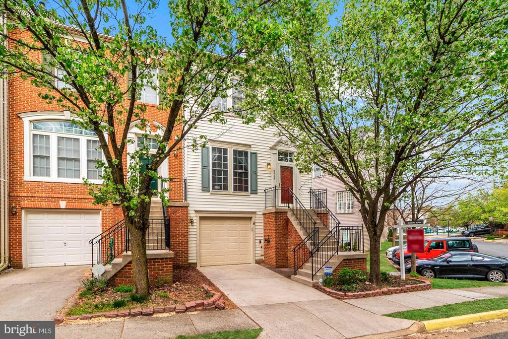 Springfield Homes for Sale -  New Listings,  6646  DEBRA LU WAY