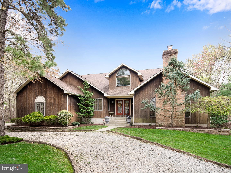 Частный односемейный дом для того Продажа на 82 BLUE HERON WAY Gibbsboro, Нью-Джерси 08026 Соединенные Штаты
