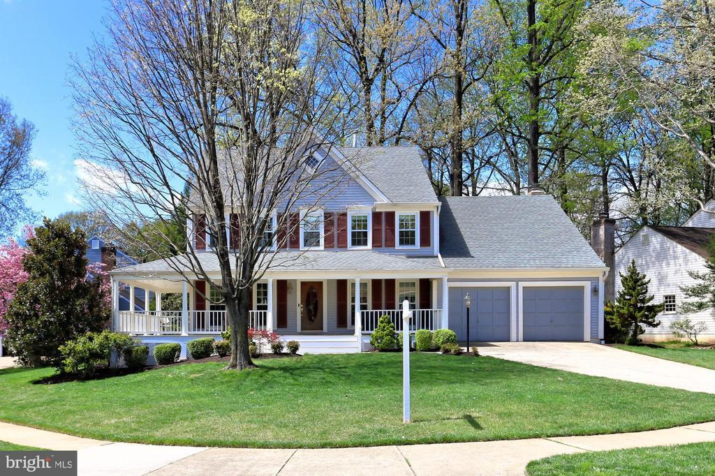 Springfield Homes for Sale -  Tennis Court,  7902  BELLEFLOWER DRIVE