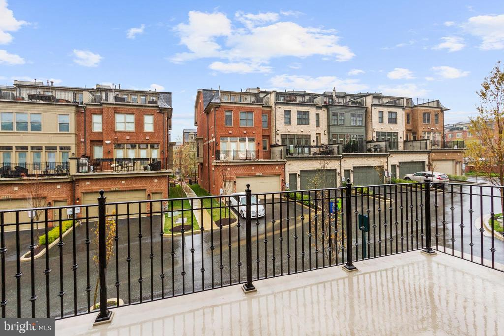Rooftop Terrace - 5124 STRATHMORE AVE, NORTH BETHESDA