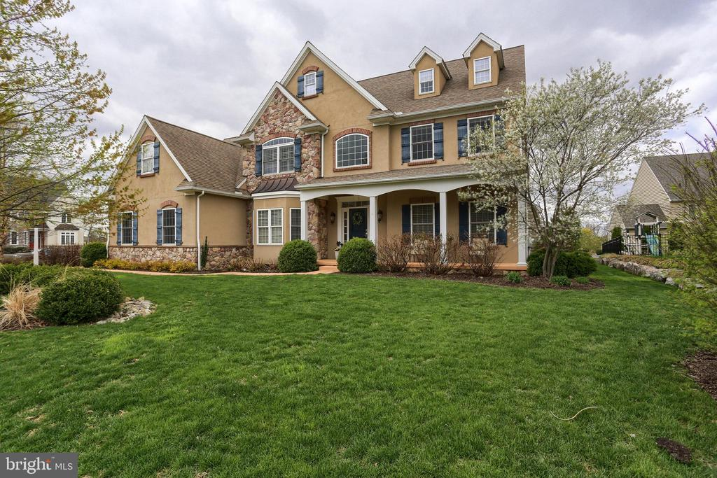 315  MILLPOND DRIVE, Manheim Township in LANCASTER County, PA 17543 Home for Sale