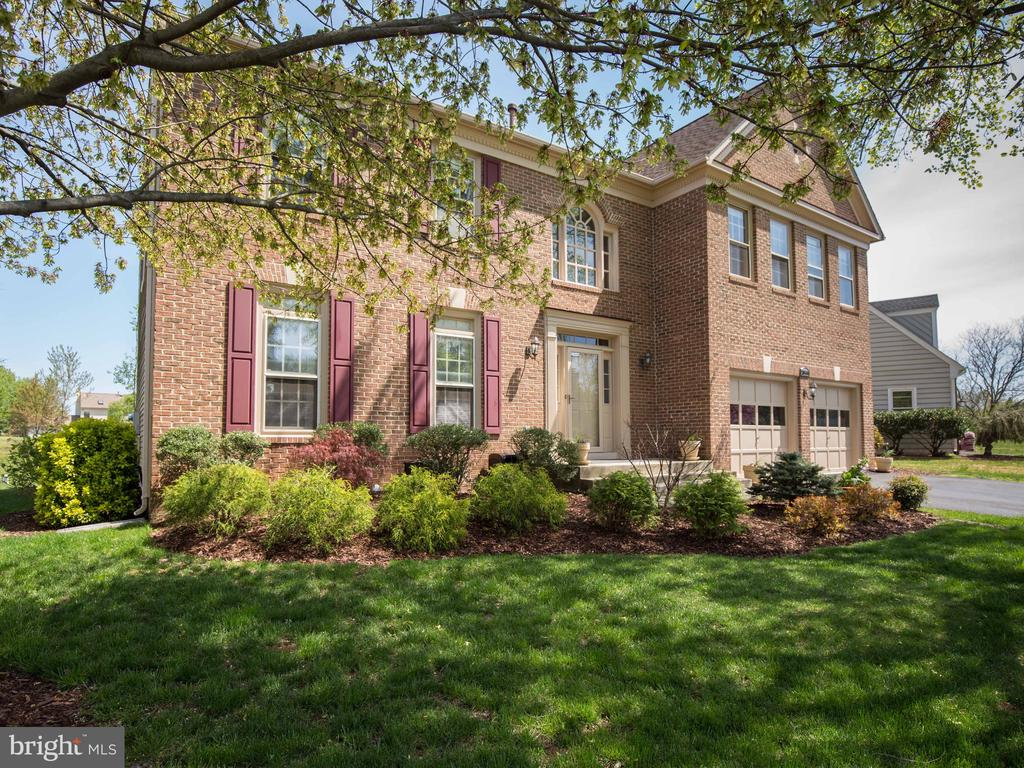 20594  BROADNAX PLACE, Ashburn Village, Virginia