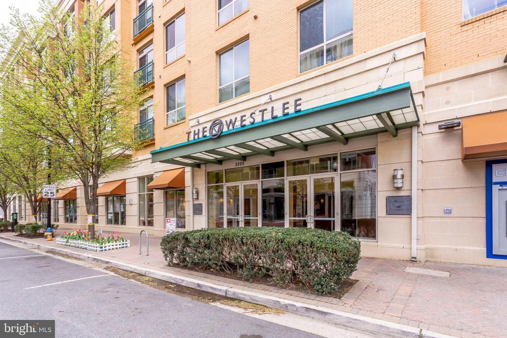 2200 N WESTMORELAND STREET  304, Arlington, Virginia