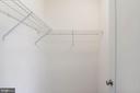 Walk-in Closet - 43341 BARNSTEAD DR, ASHBURN