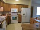 kitchen - 535 MONTICELLO CIR, LOCUST GROVE