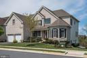 Open and versatile floor plan - 43341 BARNSTEAD DR, ASHBURN