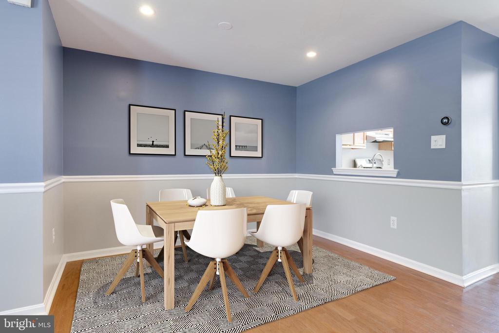 Cozy Dining Room - 8021 EDINBURGH DR, SPRINGFIELD