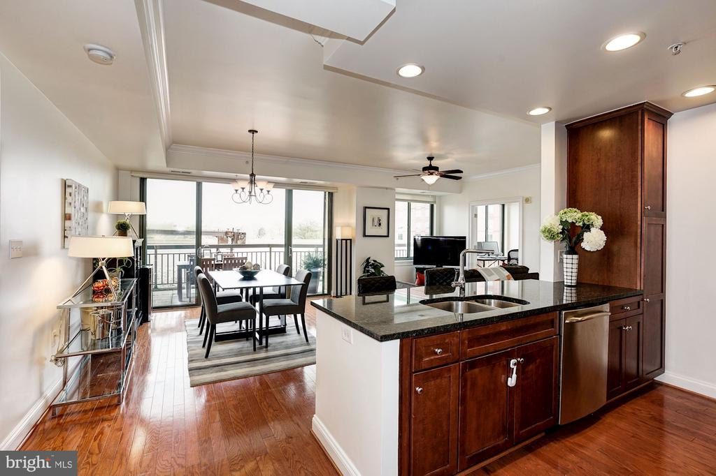 Kitchen open to elegant dining/living area - 3625 10TH ST N #602, ARLINGTON