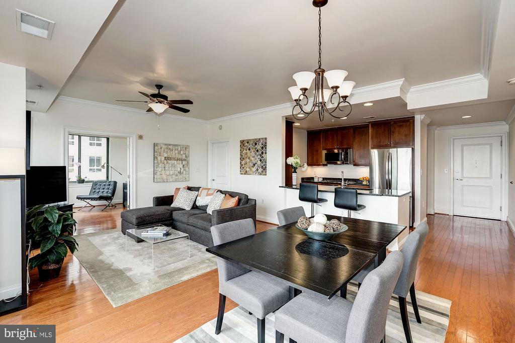 Open living/dining area - 3625 10TH ST N #602, ARLINGTON