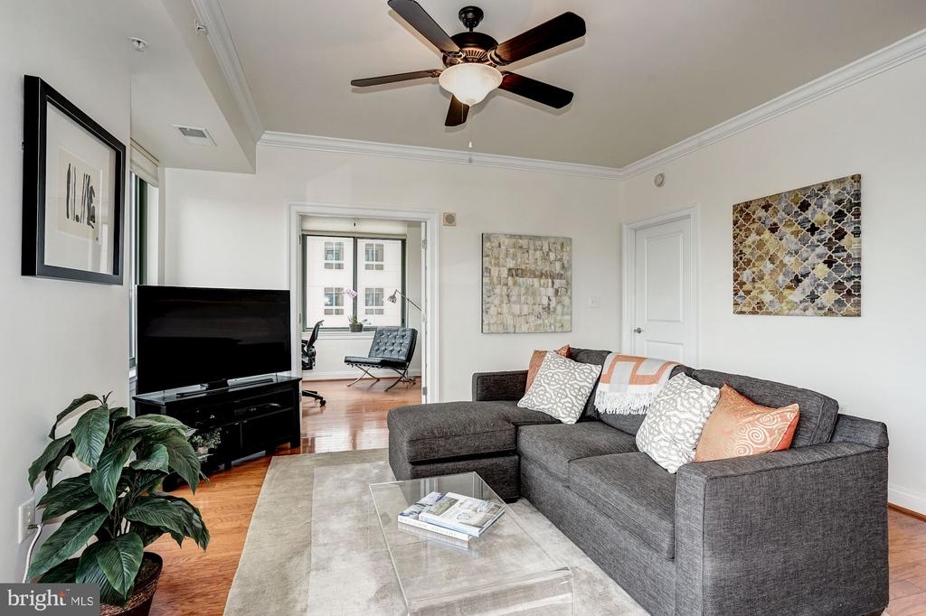 Living area opens to den - 3625 10TH ST N #602, ARLINGTON