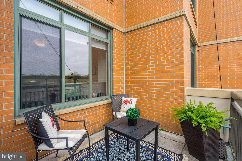 West end of beautiful private terrace - 3625 10TH ST N #602, ARLINGTON