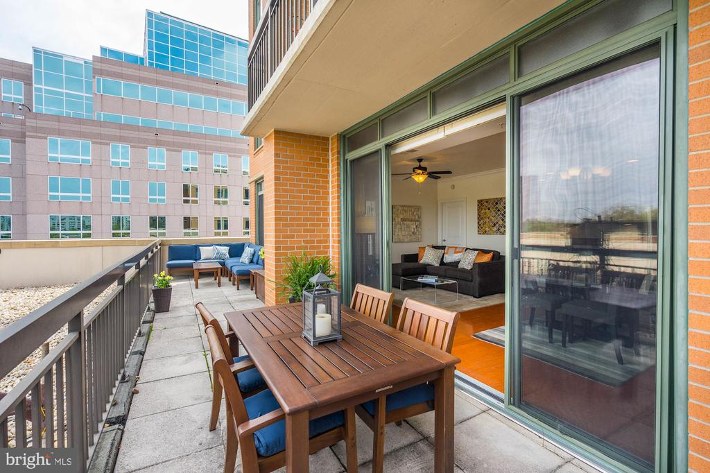 View east on terrace - 3625 10TH ST N #602, ARLINGTON