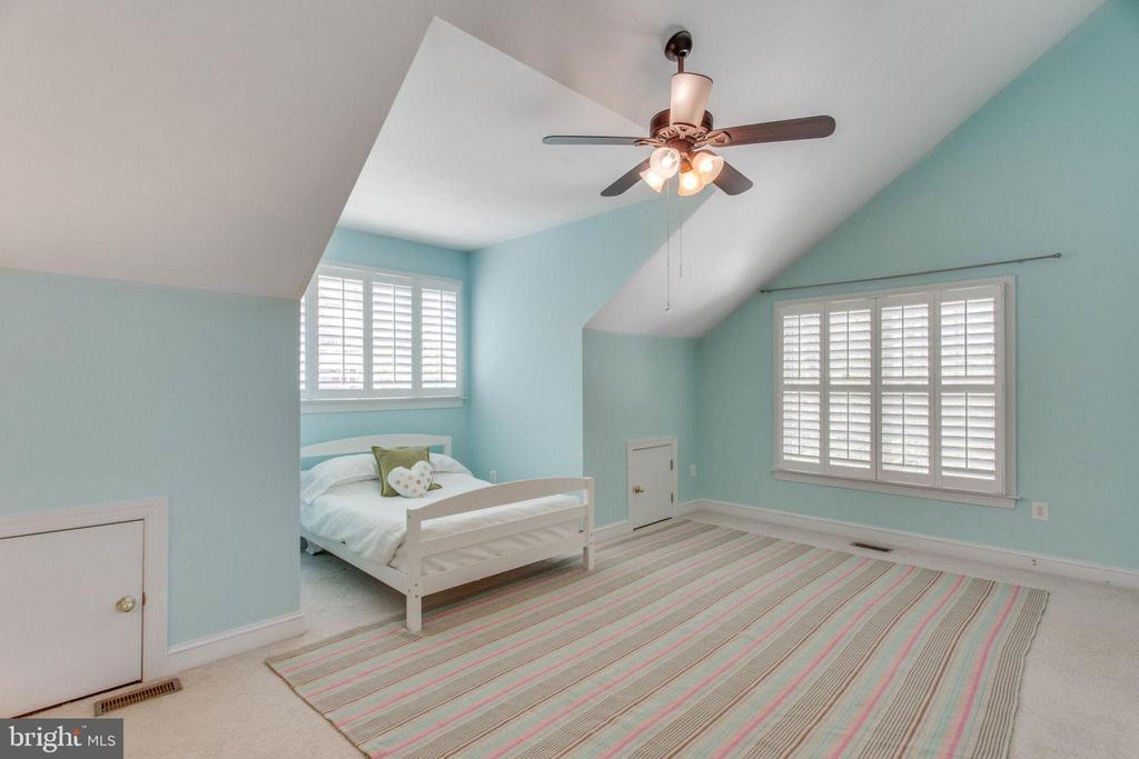 Bedroom - 8506 FOREST ST, ANNANDALE