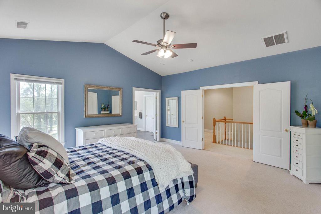 Master Bedroom - 8506 FOREST ST, ANNANDALE