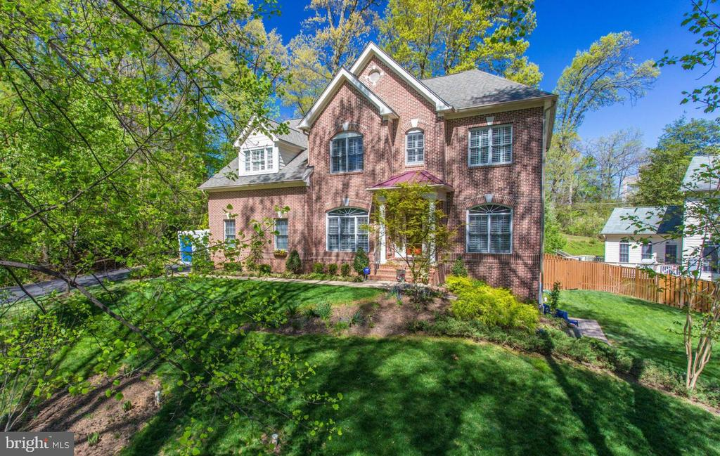 Front View - 8506 FOREST ST, ANNANDALE