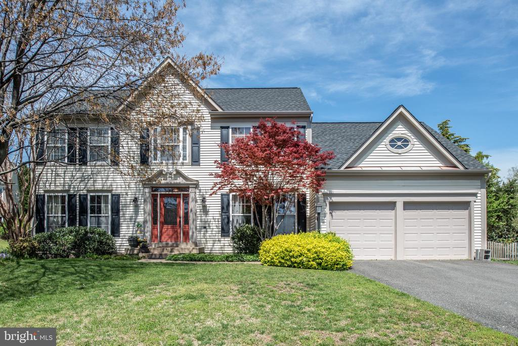 Beautiful House in Hampton Oaks Community - 27 HALIFAX CT, STAFFORD