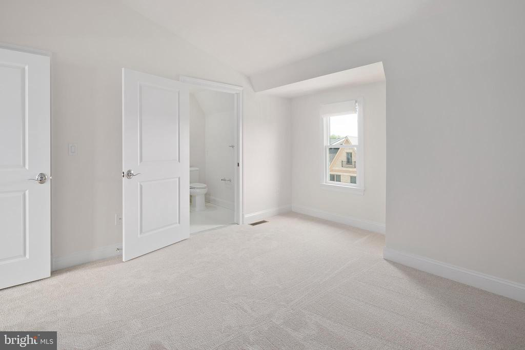 Penthouse Level Bedroom - 10882 SYMPHONY PARK DR, NORTH BETHESDA