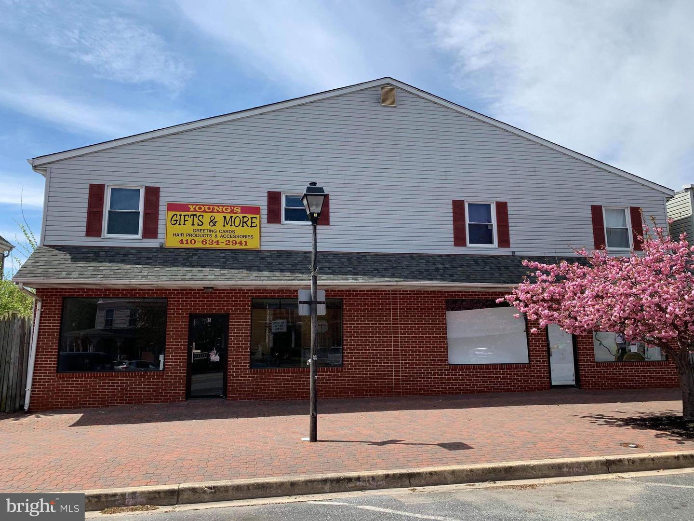 Commerce de détail pour l Vente à Ridgely, Maryland 21660 États-Unis