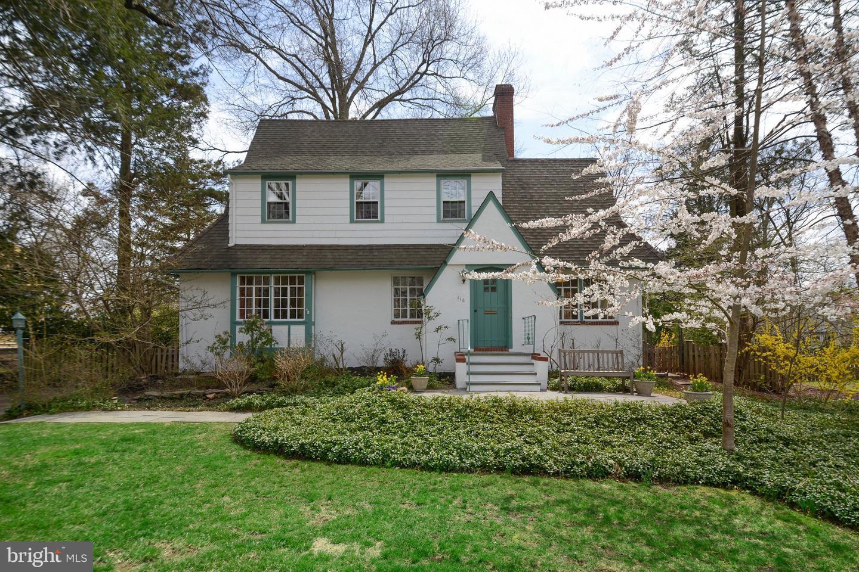 Single Family Home for Sale at 116 KING GEORGE Road Pennington, New Jersey 08534 United StatesMunicipality: Pennington Borough
