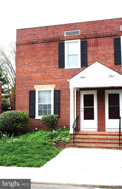 Arlington Homes for Sale -  Tennis Court,  2914 S BUCHANAN STREET