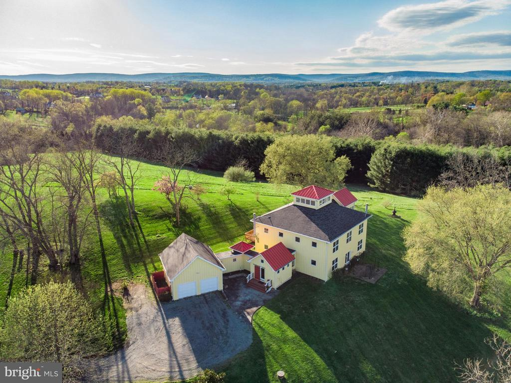 Welcome Home - 38950 PIGGOTT BOTTOM RD, HAMILTON