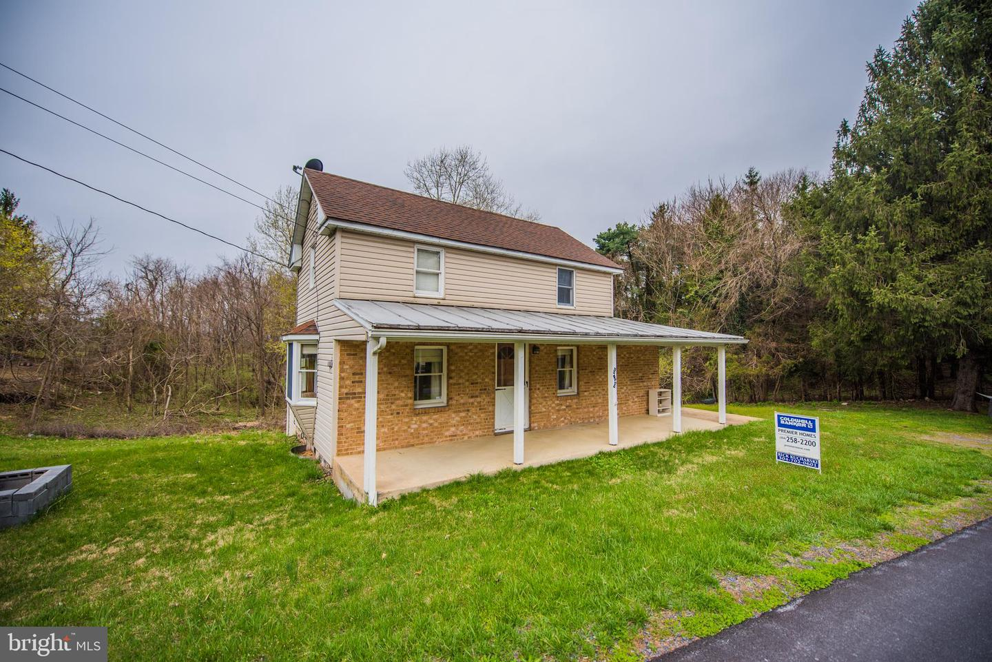 Single Family for Sale at 500 Johnsons Mill Road Berkeley Springs, West Virginia 25411 United States