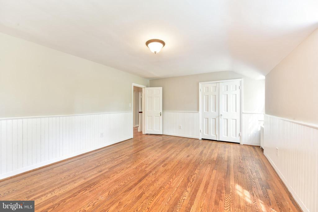 Hardwood floors - 2500 24TH ST N, ARLINGTON
