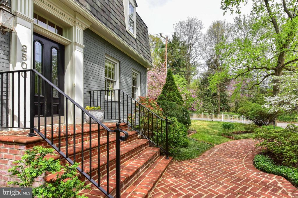 Beautiful brick path leads to the front door - 2500 24TH ST N, ARLINGTON