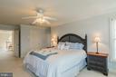 2 LARGE BEDROOMS IN MASTER - 25657 TREMAINE TER, CHANTILLY