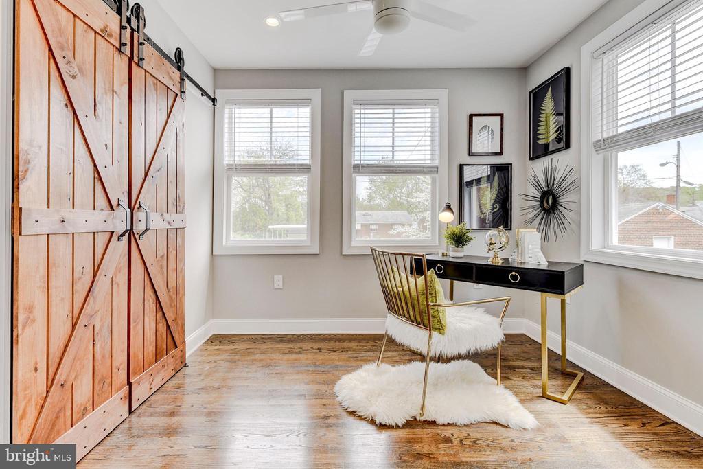 first floor bedroom/den - 4419 19TH PL NE, WASHINGTON