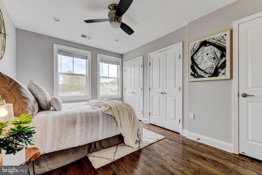 master bedroom - 4419 19TH PL NE, WASHINGTON