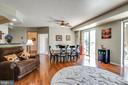 bright and light open floor plan - 19355 CYPRESS RIDGE TER #120, LEESBURG