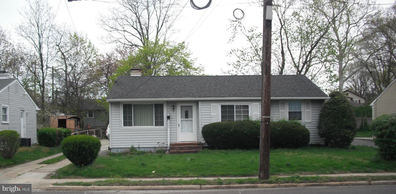 Villa per Vendita alle ore 207 S. WARWICK Road Lawnside, New Jersey 08045 Stati Uniti