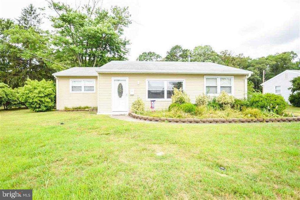 独户住宅 为 销售 在 32 GULPH MILL Road Somers Point, 新泽西州 08244 美国