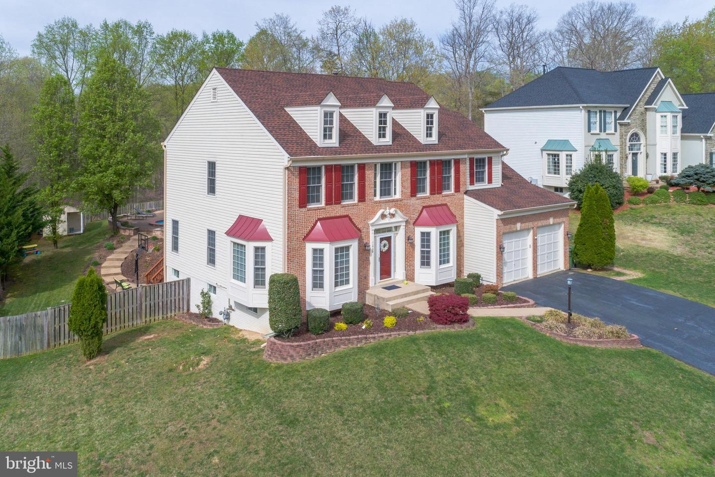 Single Family for Sale at 11720 Crest Maple Dr 11720 Crest Maple Dr Woodbridge, Virginia 22192 United States