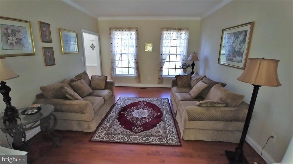 Formal living room - 53 SENTRY CT, STAFFORD