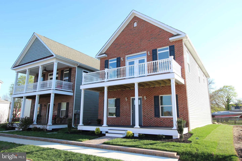 Einfamilienhaus für Verkauf beim 607 FRONT Street Delaware City, Delaware 19706 Vereinigte StaatenIn/Rund um: Delaware City