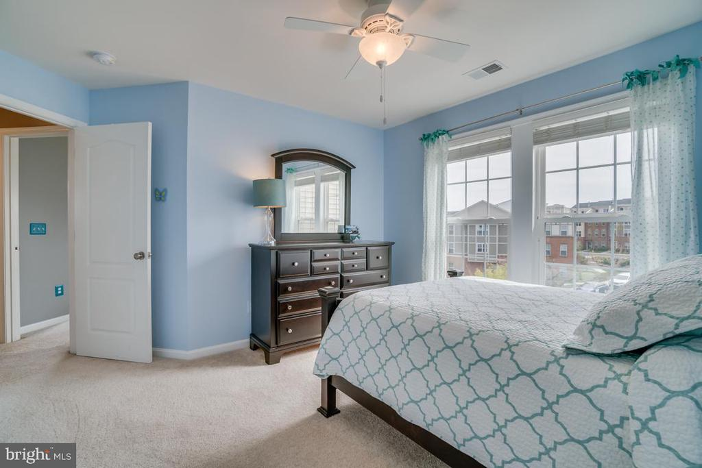 Third Bedroom - 42442 GREAT HERON SQ, BRAMBLETON