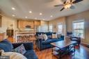 Family Room - 42442 GREAT HERON SQ, BRAMBLETON